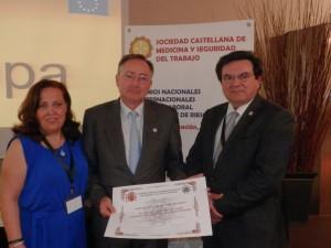 Dª. Benilde Serrano Sáiz, D. Rafael Martínez Mesas y D. Rafael Ruiz Calatrava